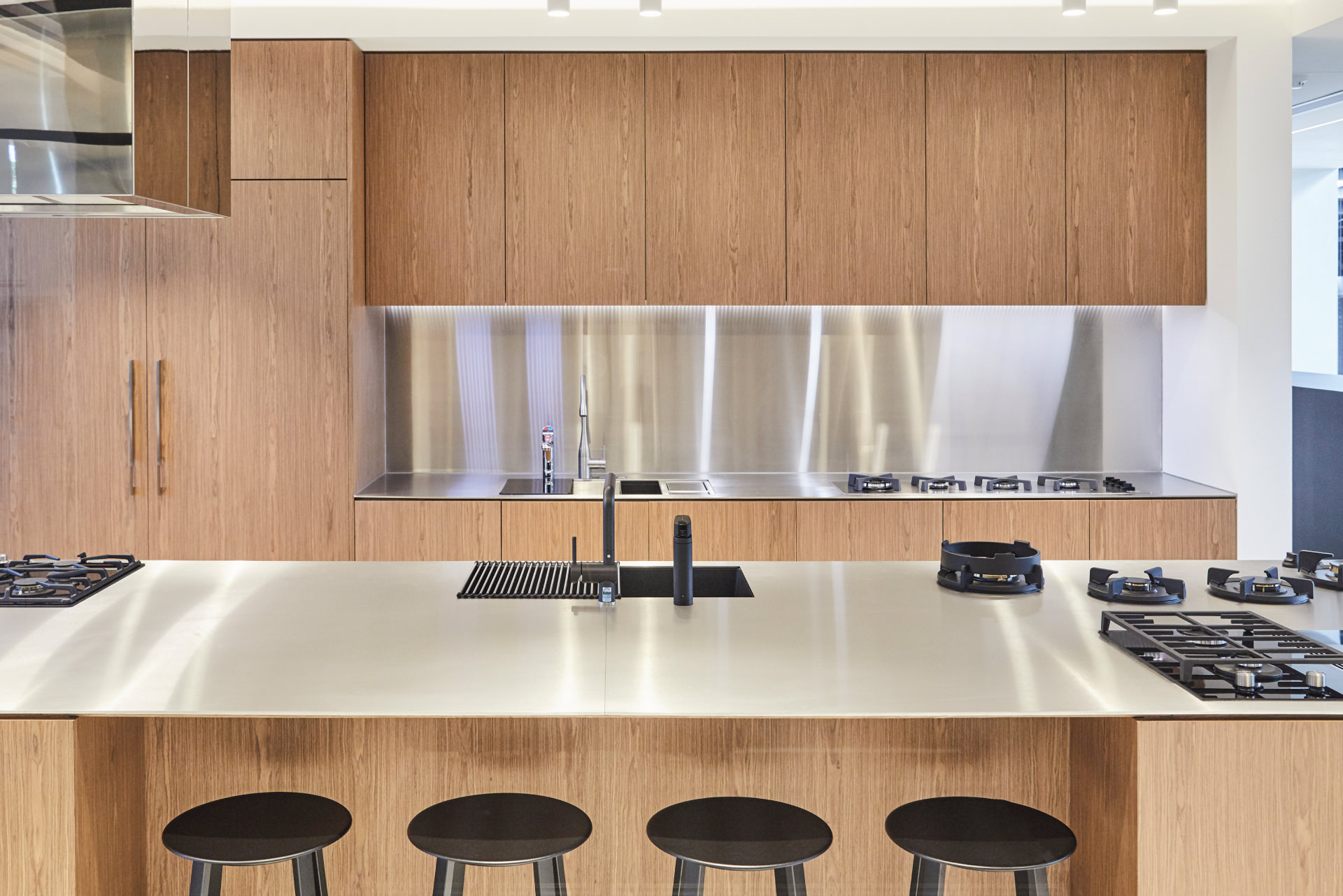 Cera Stribley Architecture Interior Design Winning Appliances Richmond interior wooden kitchen
